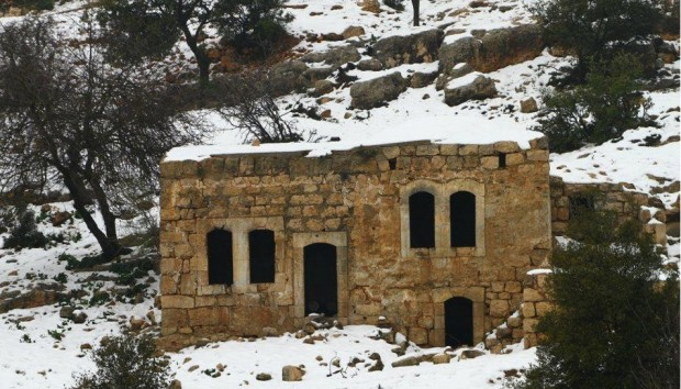 Hebron snow